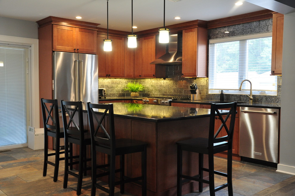 magie-manor-transitional-kitchen